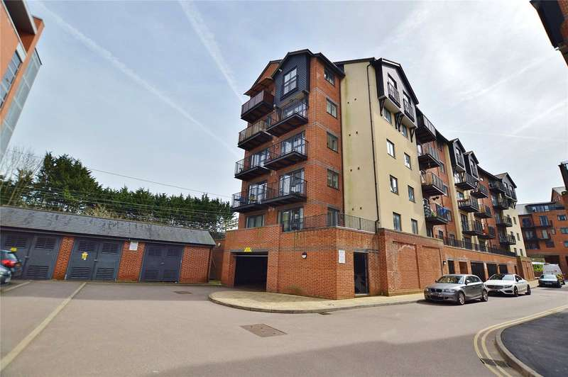 2 Bedrooms Apartment Flat for sale in Bishop's Stortford