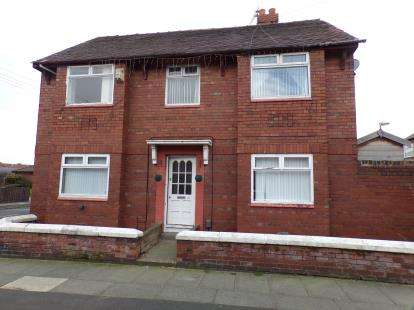 3 Bedrooms End Of Terrace House for sale in Balfour Road, Bootle, Liverpool, Merseyside, L20