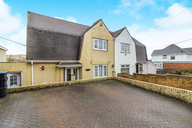 3 Bedrooms Semi Detached House for sale in Bryngwyn Road, Beaufort, Ebbw Vale, NP23