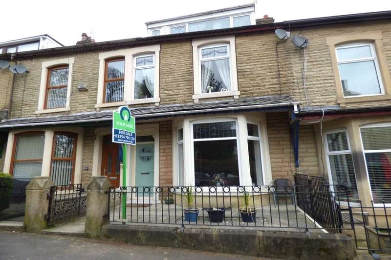 3 Bedrooms Property for sale in Park Road, Darwen, BB3