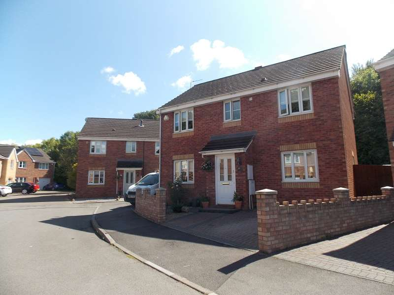4 Bedrooms Detached House for sale in St. Marys Court, Caerau, Cardiff. CF5