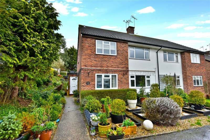 2 Bedrooms Flat for sale in Green Street, Chorleywood, Hertfordshire, WD3