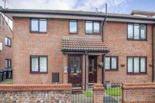 2 Bedrooms Retirement Property for sale in Epsom Road, Croydon