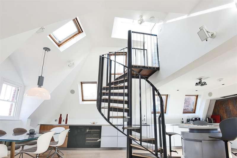 3 Bedrooms Flat for sale in Belsize Lane, Belsize Park, NW3