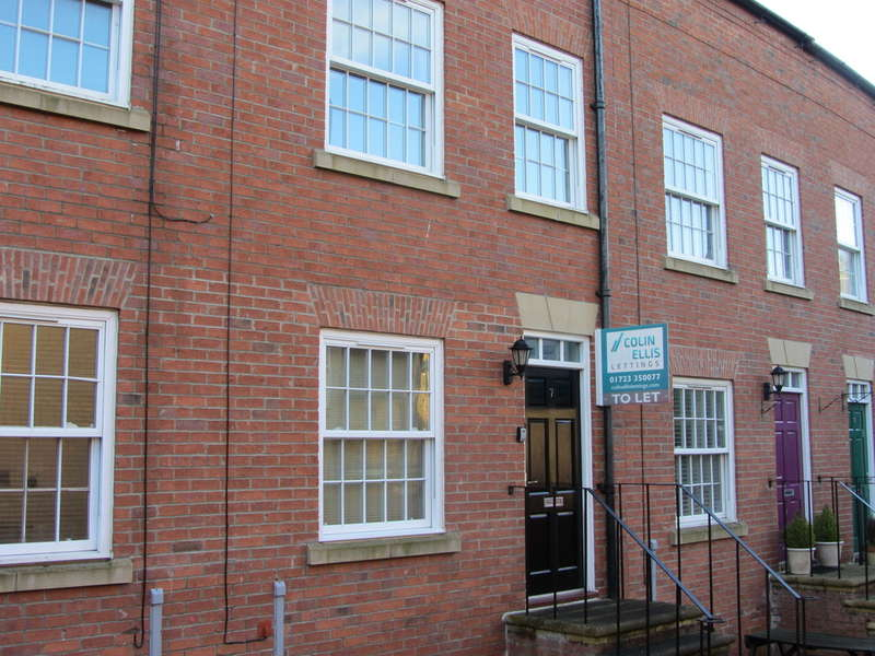 4 Bedrooms Town House for rent in The Courtyard, Scarborough