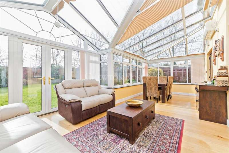 4 Bedrooms Detached House for sale in Shenley Brook End