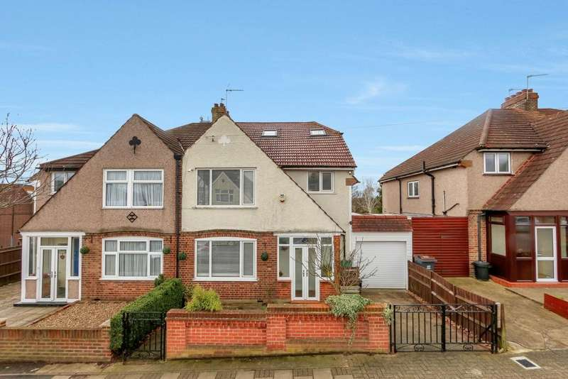6 Bedrooms Semi Detached House for sale in Kynaston Road, Bromley, BR1