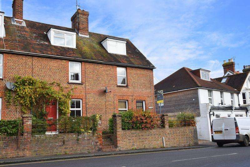 3 Bedrooms Semi Detached House for sale in Framfield Road, Uckfield