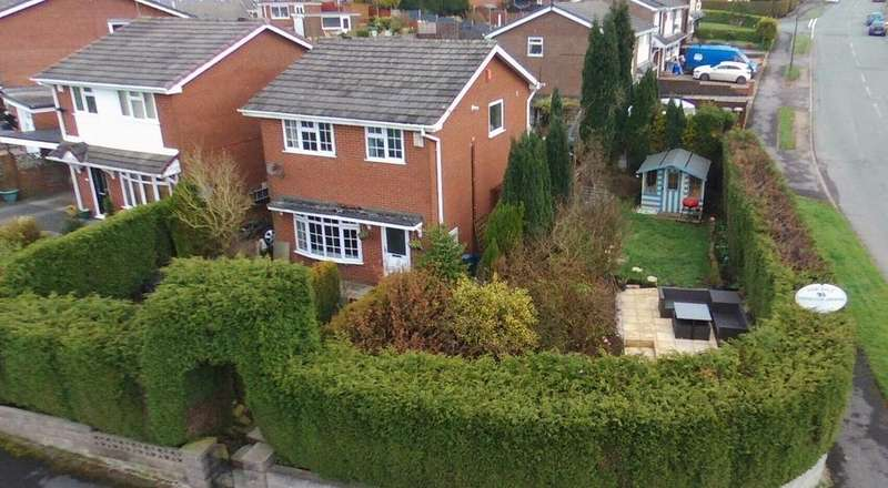 3 Bedrooms Detached House for sale in Capper Close, Kidsgrove