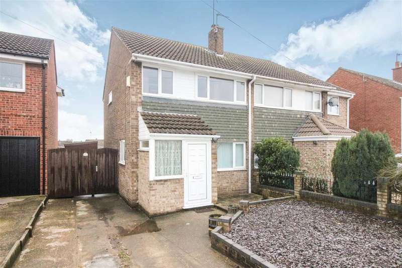 3 Bedrooms Semi Detached House for sale in Laughton Road, Beverley
