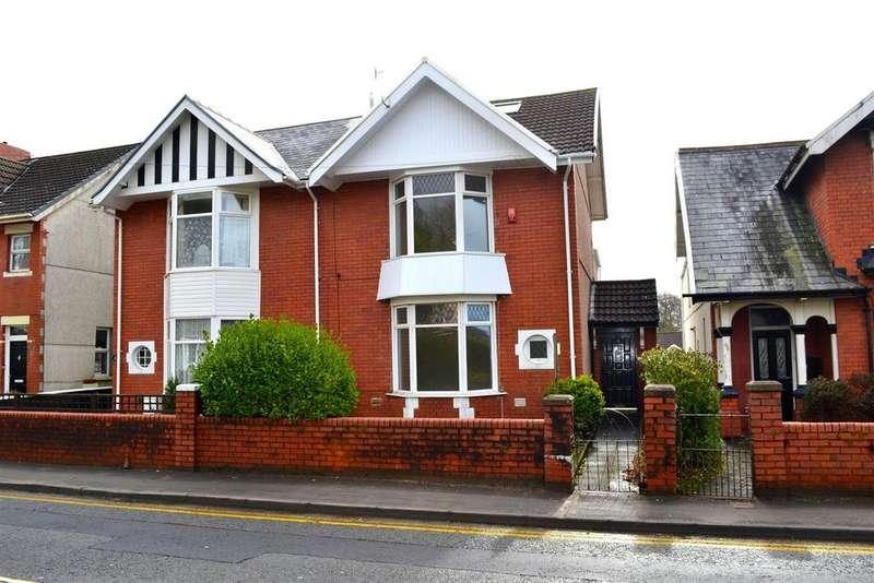 4 Bedrooms Semi Detached House for sale in Dillwyn Road, Sketty, Swansea