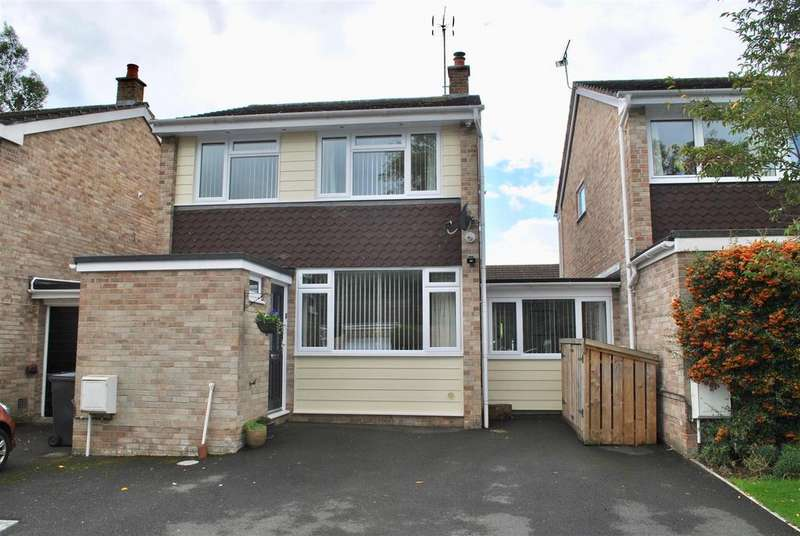 4 Bedrooms Link Detached House for sale in Longacre Close