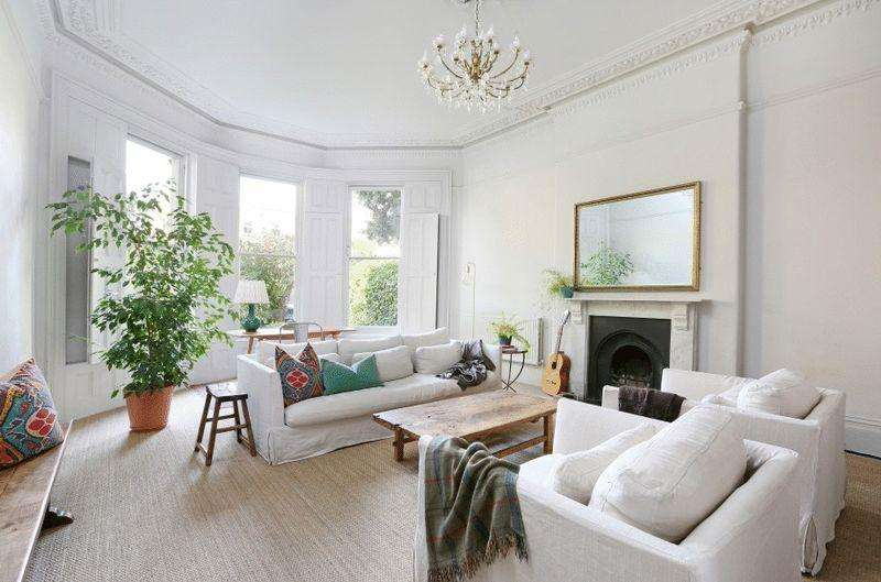 2 Bedrooms Apartment Flat for sale in Apsley Road, Clifton