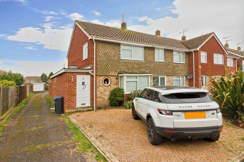 4 Bedrooms End Of Terrace House for sale in Dankton Gardens, Lancing