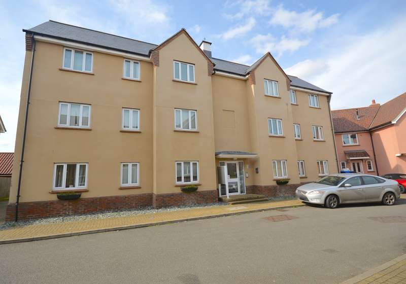 2 Bedrooms Flat for sale in Mackenzie House, Peter Taylor Avenue, Braintree, CM7
