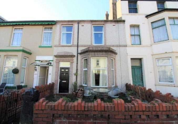 4 Bedrooms Terraced House for sale in High Street, Blackpool