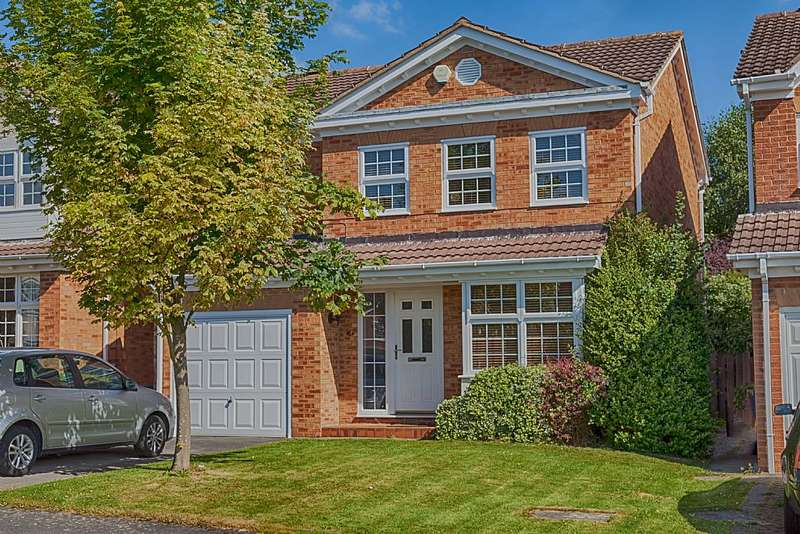 4 Bedrooms Detached House for sale in Abbeyhill Close, Ashgate, Chesterfield, Derbyshire, S42 7JL