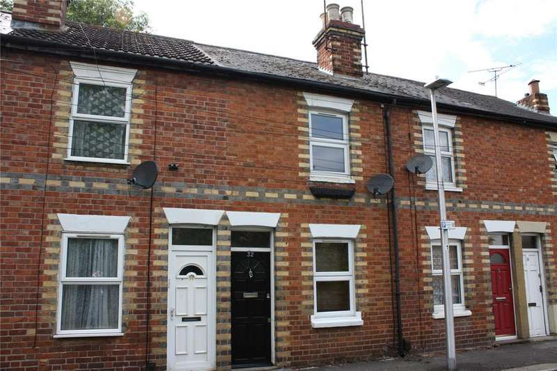 2 Bedrooms Terraced House for rent in Brook Street West, Reading, Berkshire, RG1