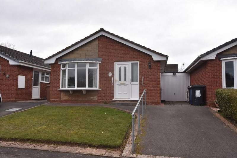 2 Bedrooms Terraced Bungalow for sale in Francis Road, Lichfield, Staffordshire