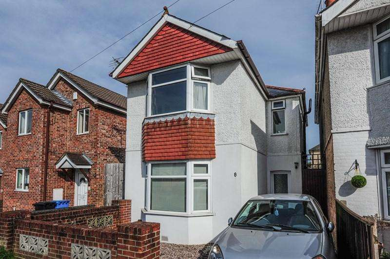 3 Bedrooms Detached House for sale in Uppleby Road, Parkstone, Poole