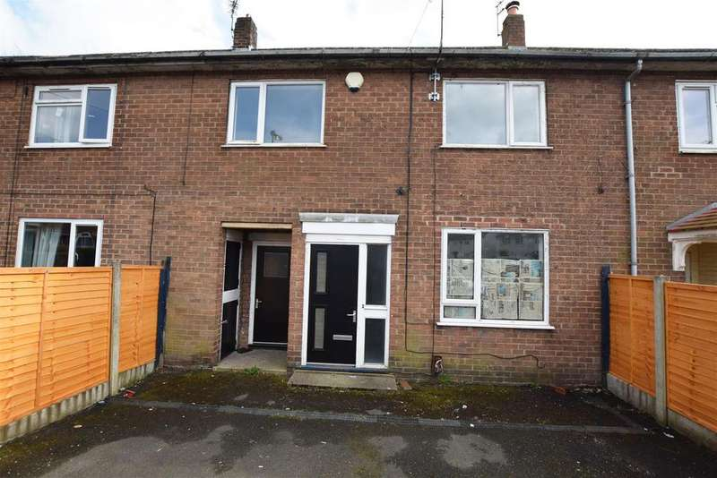 3 Bedrooms Terraced House for sale in Eskdale Drive, Langley, Middleton