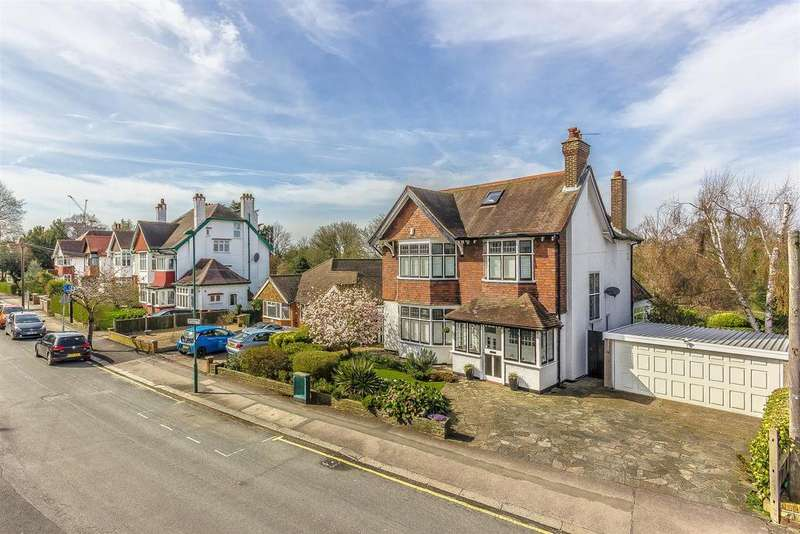 5 Bedrooms Detached House for sale in Hillcroome Road, Sutton