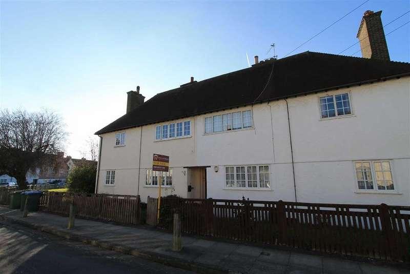 2 Bedrooms Maisonette Flat for sale in Moira Road, Eltham, London