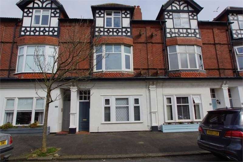 2 Bedrooms Flat for sale in Pollux Gate, Fairhaven, Lancashire