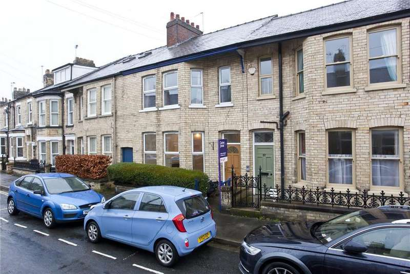 3 Bedrooms Terraced House for rent in St. Olaves Road, York, YO30