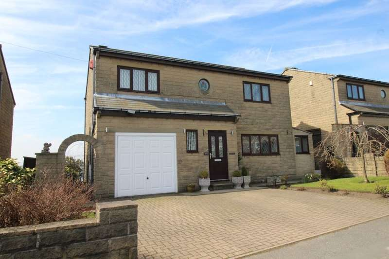 4 Bedrooms Detached House for sale in Claremount Road, Halifax, HX3