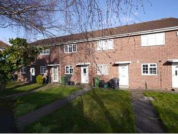 2 Bedrooms Terraced House for sale in Birch Copse, York, YO24