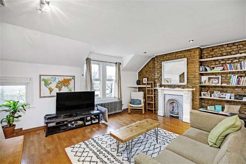 1 Bedroom Flat for sale in Poynders Road, Clapham South, London, SW4