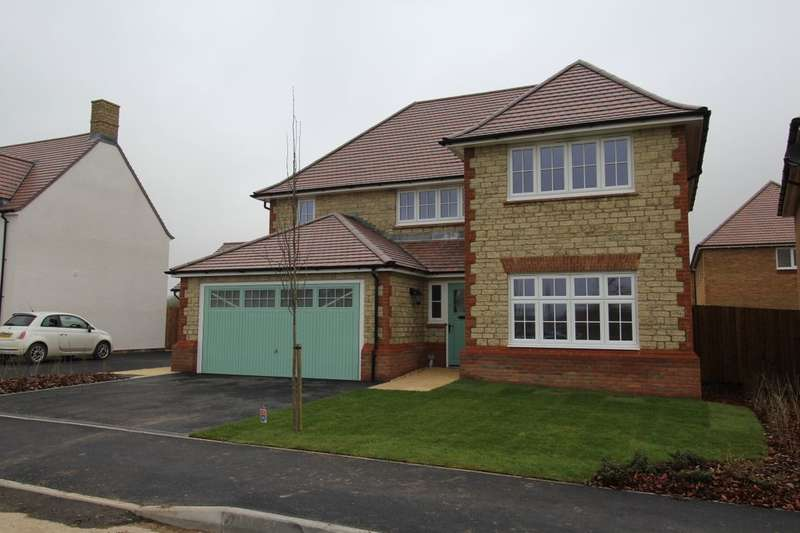 4 Bedrooms Detached House for rent in Morgans Road, Calne, SN11