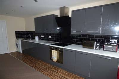 3 Bedrooms Flat for rent in STOCKTON, Yarm Lane