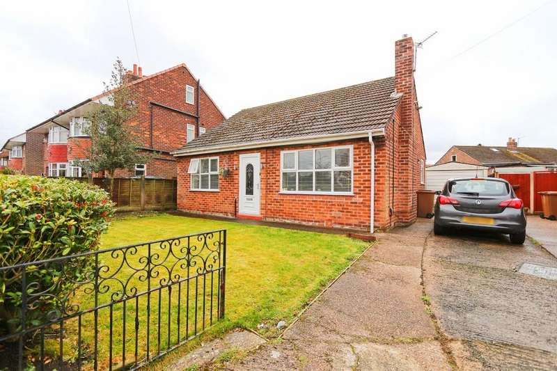 2 Bedrooms Detached Bungalow for sale in 21 Sandy Lane, Irlam, Manchester