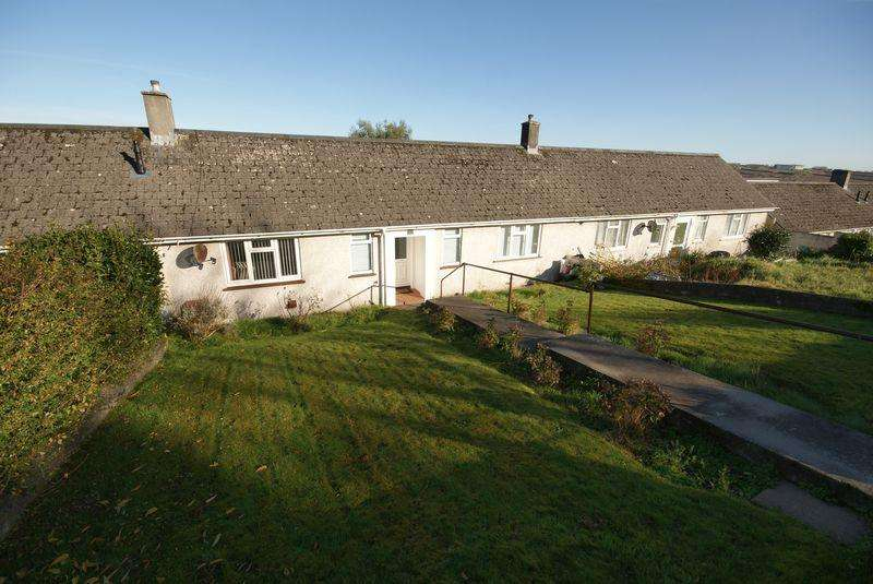 2 Bedrooms Bungalow for sale in Beacon Road, Bodmin