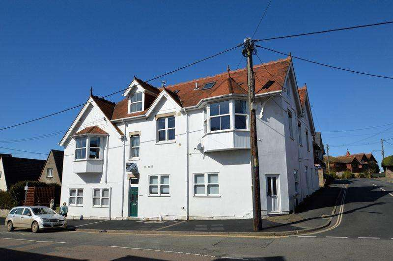 1 Bedroom Apartment Flat for sale in Totland Bay
