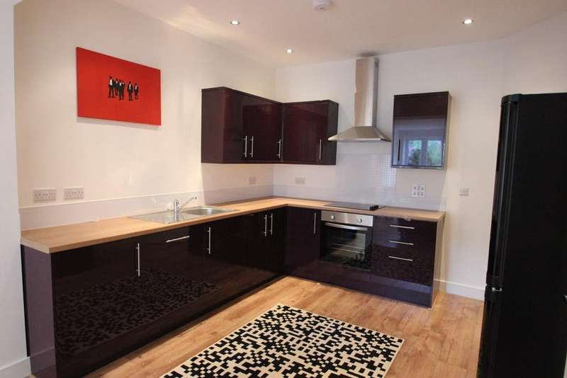 6 Bedrooms House for rent in Fitzroy Street, Cardiff, CF24