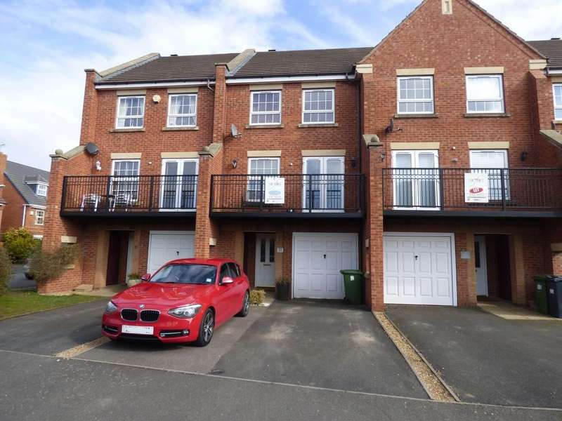 3 Bedrooms Terraced House for sale in Banquo Approach, Heathcote, Warwick
