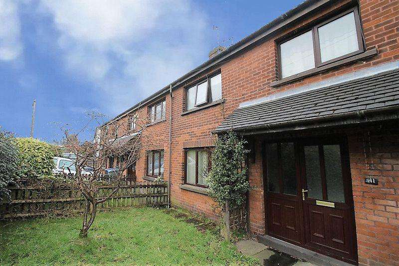 2 Bedrooms Terraced House for sale in Westgate, Whitworth, Rochdale OL12 8SU