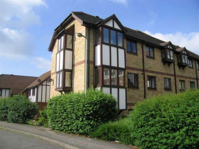 2 Bedrooms Apartment Flat for rent in Kerr Close, Knebworth, SG3