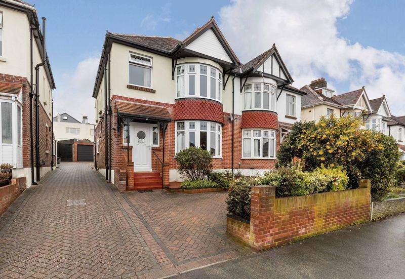 3 Bedrooms Semi Detached House for sale in Southdown Road, East Cosham