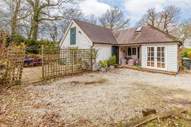 6 Bedrooms Cottage House for sale in Brightling Road, Robertsbridge, East Sussex