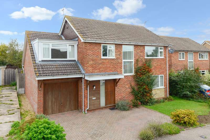 5 Bedrooms Detached House for sale in Sydney Cooper Close, Rough Common, Canterbury, CT2