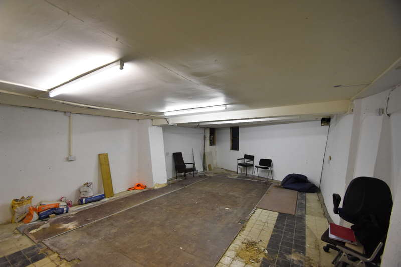 Shop Commercial For Rent In Basement 81 Old Christchurch Road Bournemouth Dorset BH1