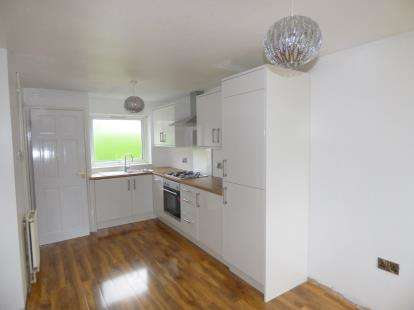 3 Bedrooms Terraced House for sale in Chingford Bank, Burnley, Lancashire