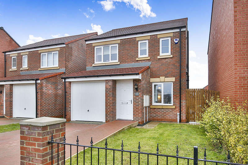 3 Bedrooms Detached House for sale in Sandringham Way, Newfield, Chester Le Street, DH2