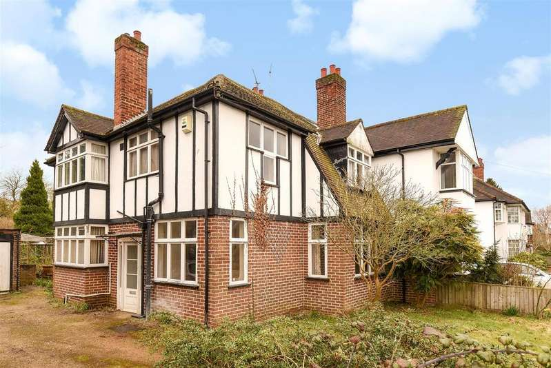 3 Bedrooms Semi Detached House for sale in Staunton Road, Headington