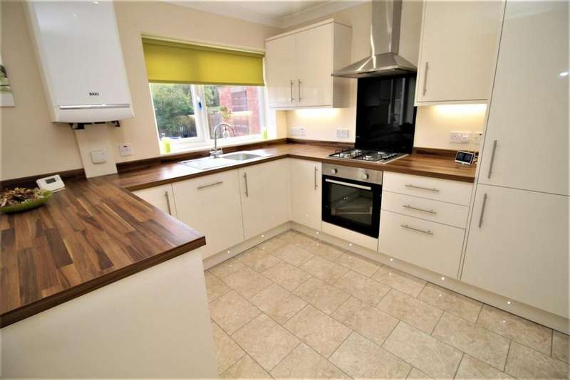 3 Bedrooms Semi Detached House for rent in Dipton Road, Stockton-On-Tees