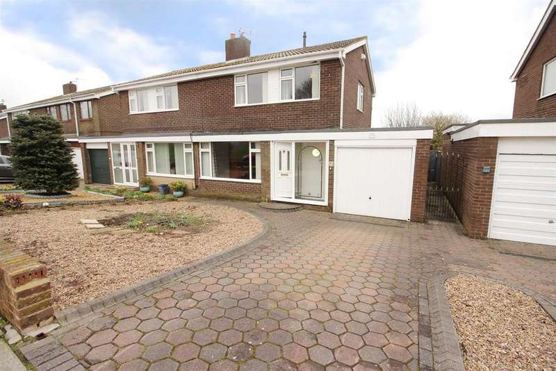 3 Bedrooms Semi Detached House for sale in Barrowburn Place, Seghill, Cramlington